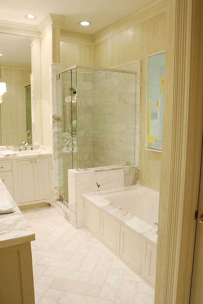 at-home-with-amy-howard-bathroom