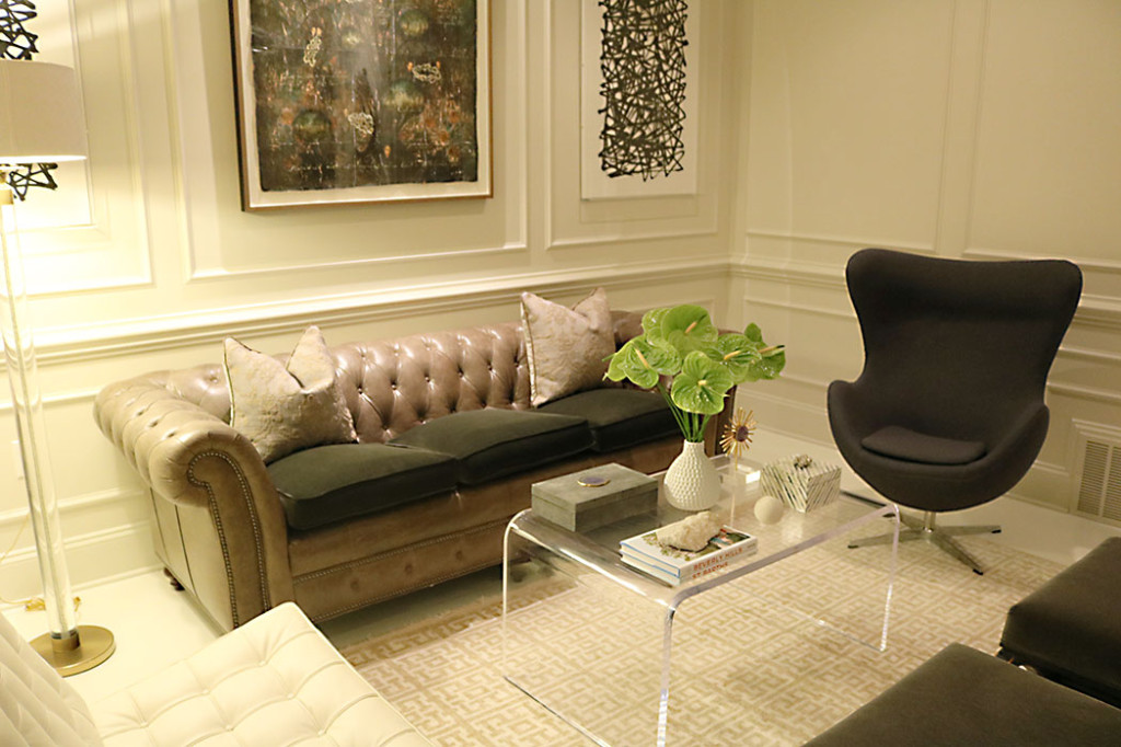 at-home-with-amy-howard-living-room-2