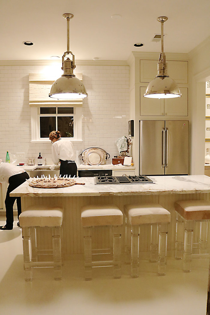 at-home-with-amy-howard-white-kitchen