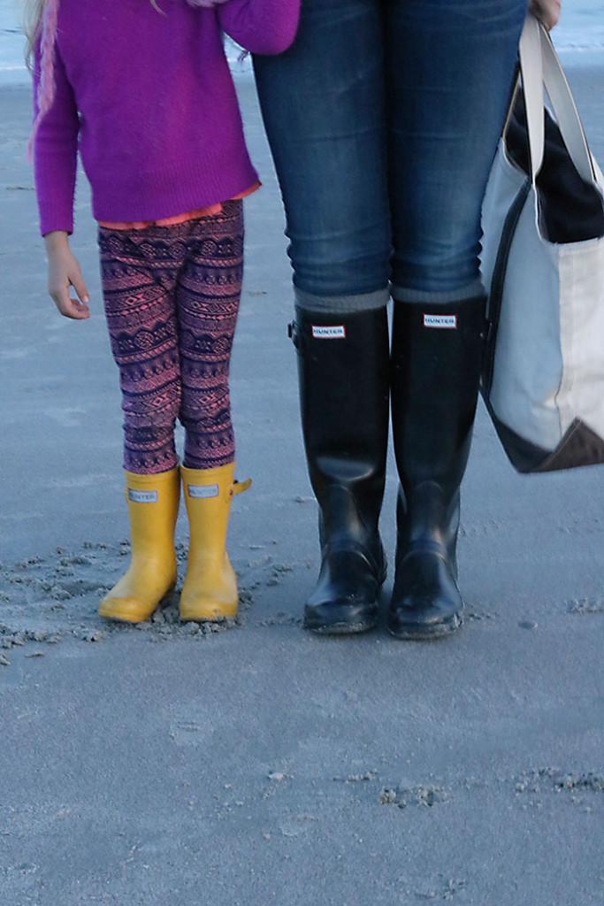 beach-outfit-hunter-boots-kids