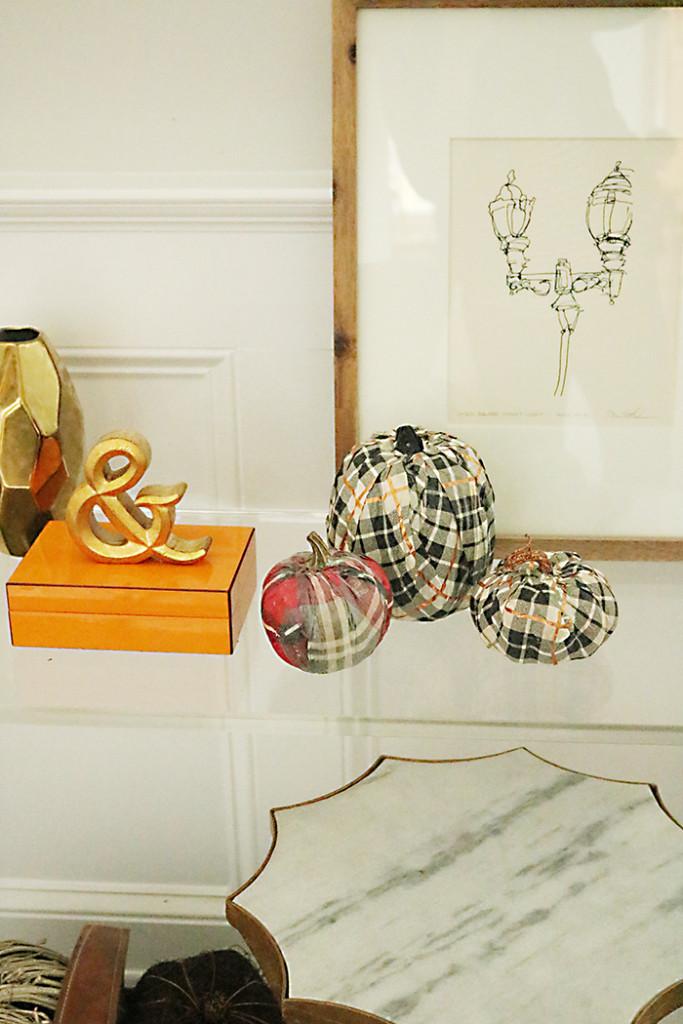 pumpkin decorating idea diy with tissue paper