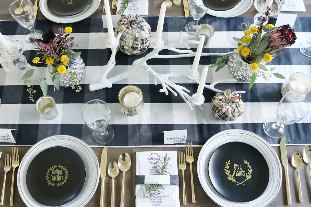 simple thanksgiving table setting decorations