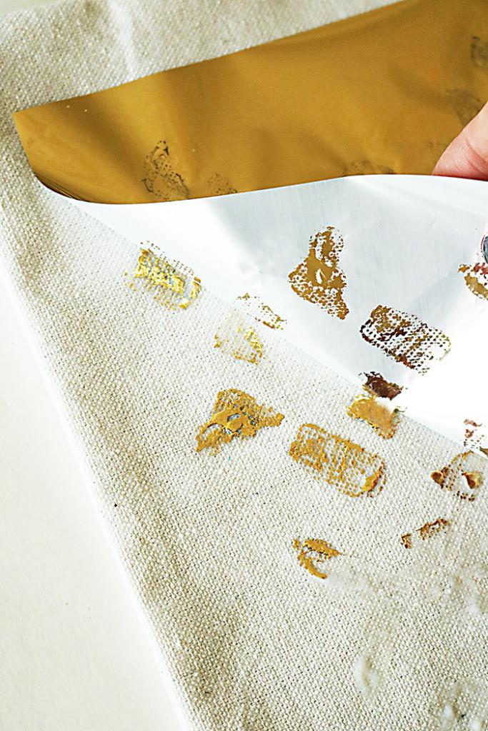 diy-gold-foil-on-fabric