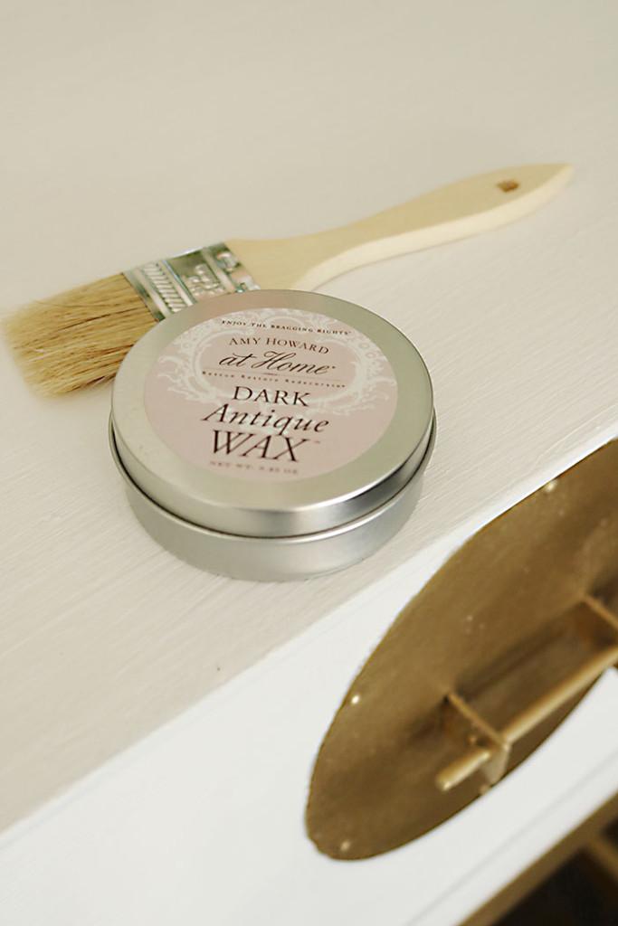 amy-howard-dark-antique-wax