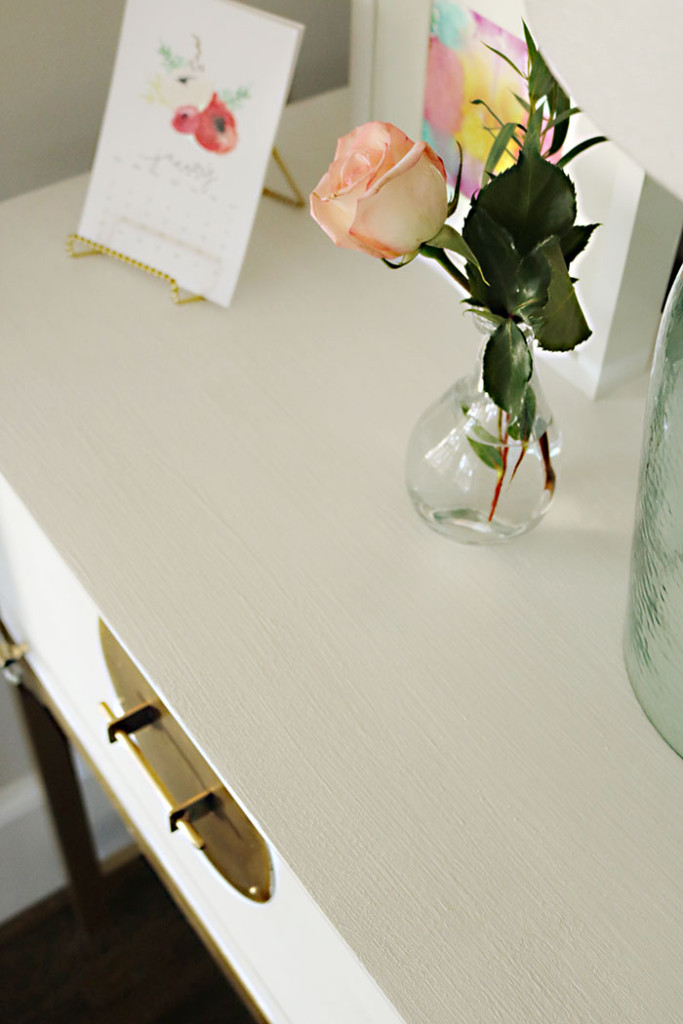 how-to-paint-furniture-using-amy-howard-one-step-paint