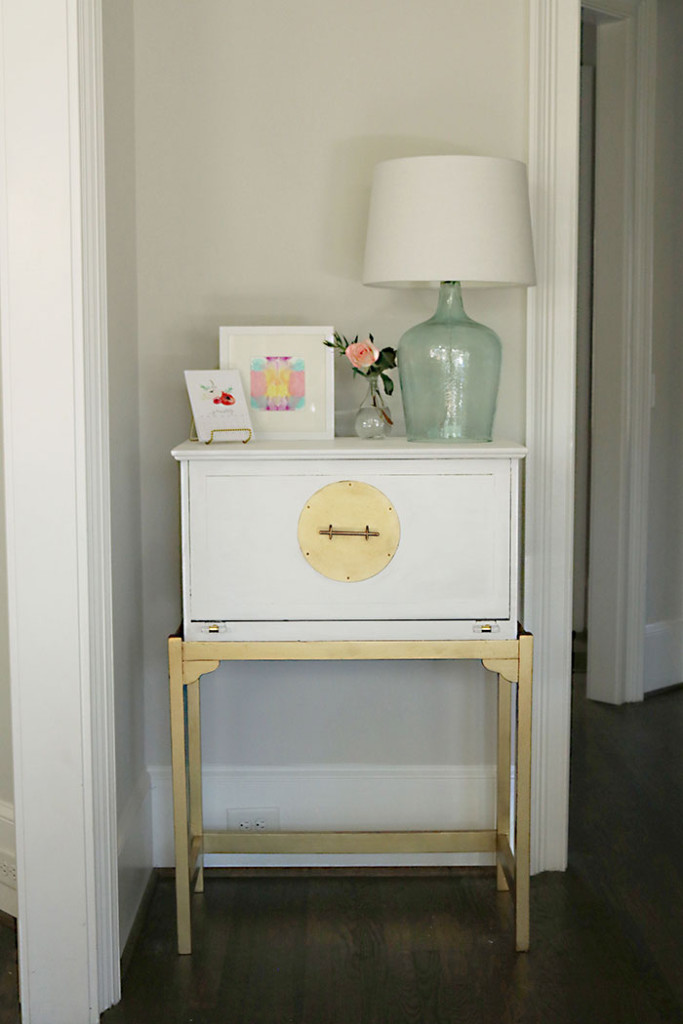 how-to-paint-furniture-white-and-gold2
