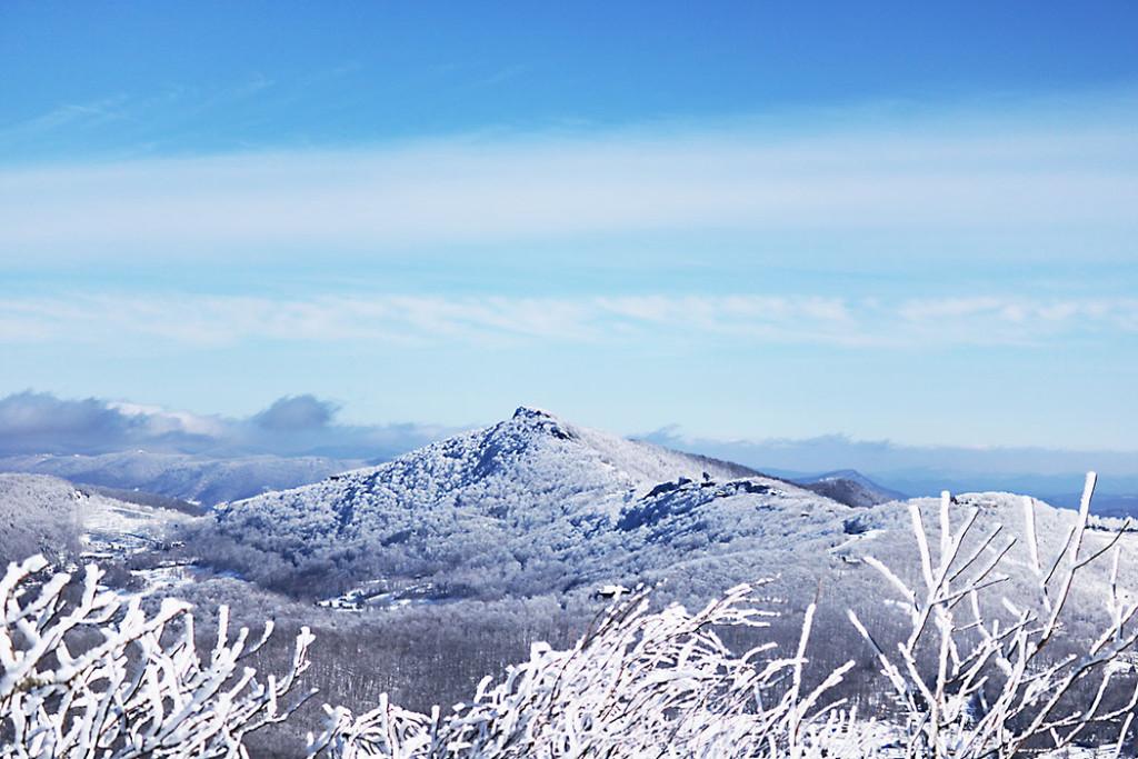 sugar-mountain-snow