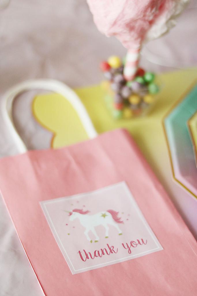 unicorn-birthday-party-thank-you-bags