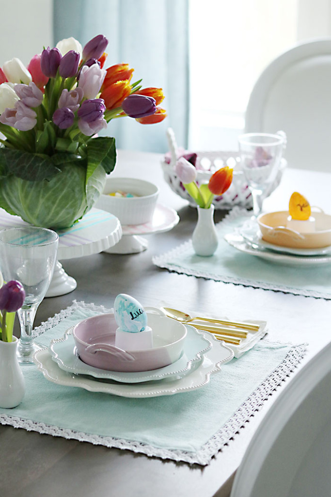 Easter-table-with-eggs-watercolor-dishes