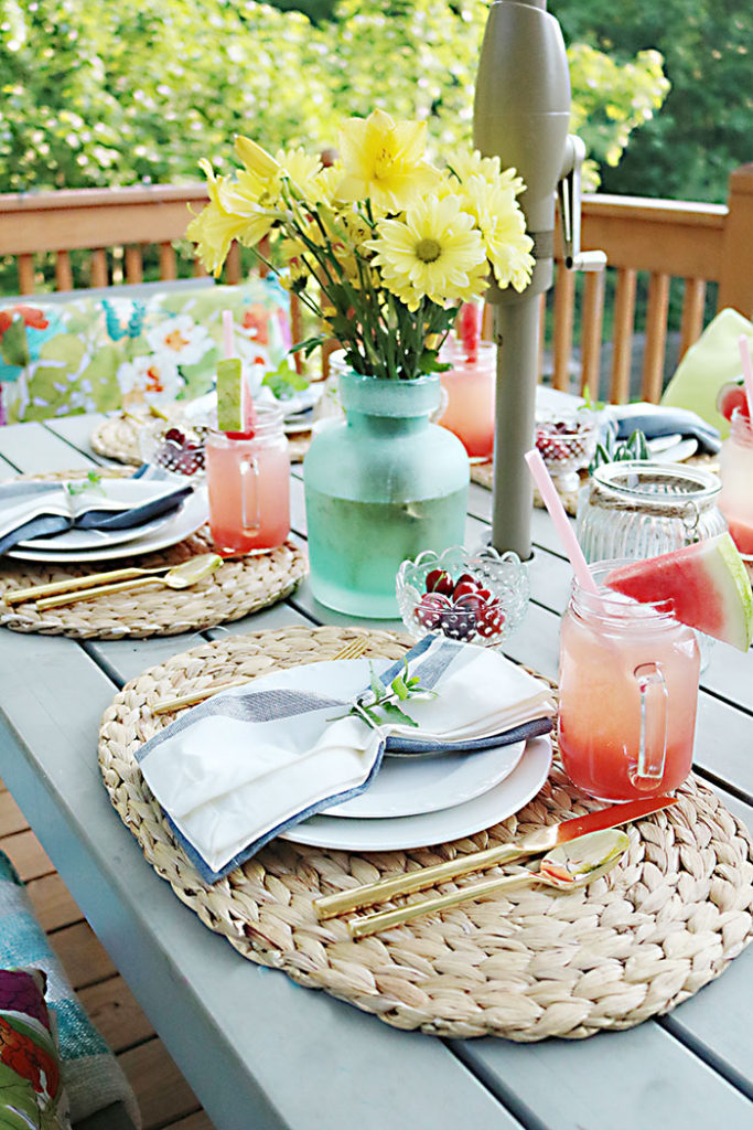 barbecue-summer-table