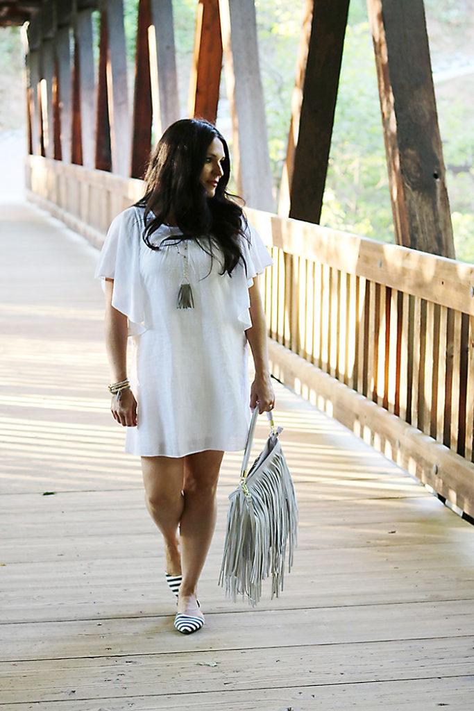 white-sundress-this-way-that-way