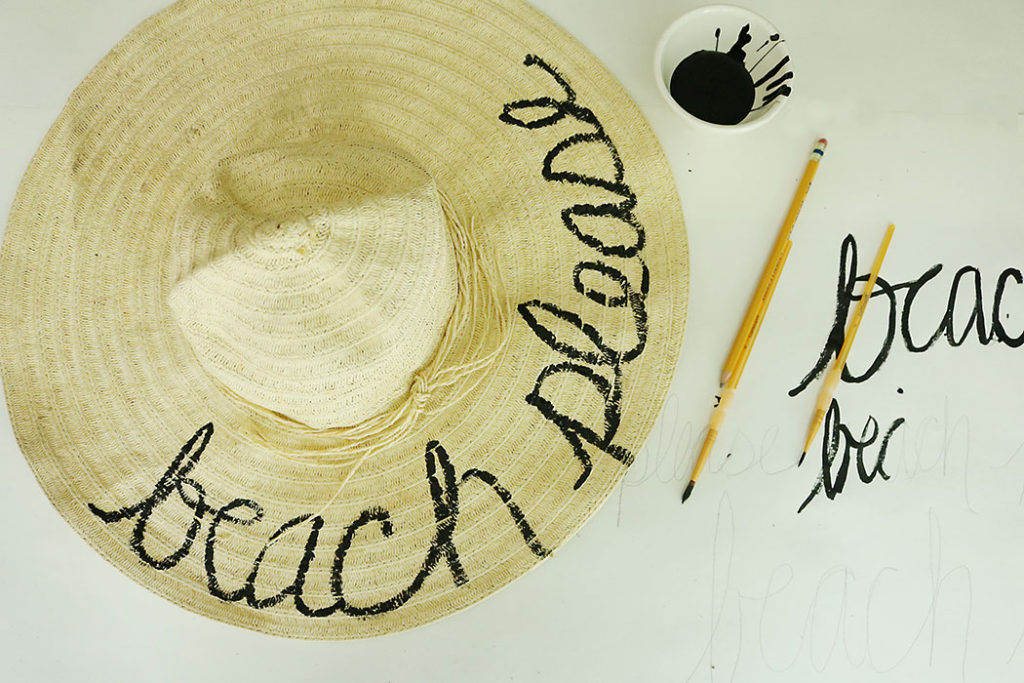 diy-word-script-straw-hat-painting-hat