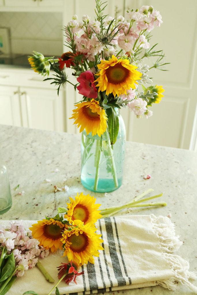5-minute-flower-arrangement-easy-to-do