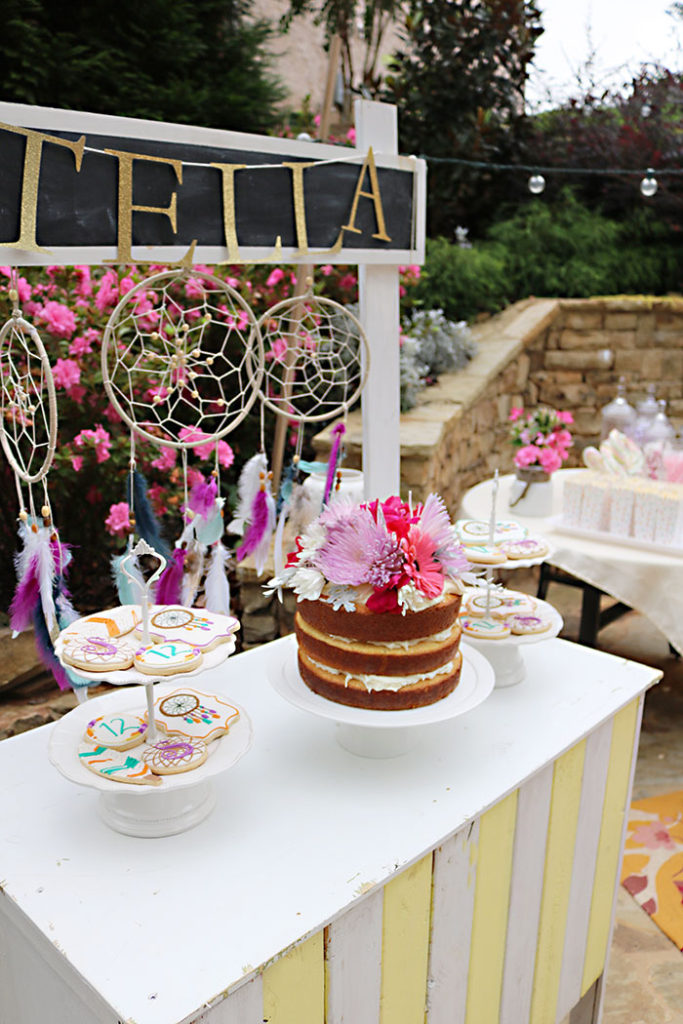 boho-birthday-cake-display