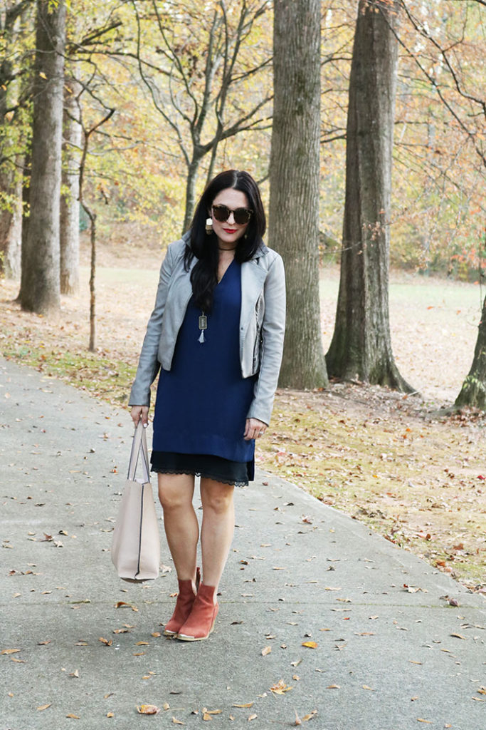 fall-fashion-finds-with-dress-and-booties, fall-finds-sale-with-striped-umbrella, henri bendel, striped umbrella, shift dress, jeffrey campbell booties