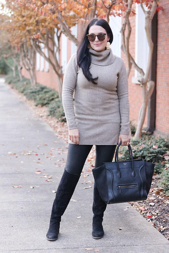 fall-fashion-with-black-leather-leggings