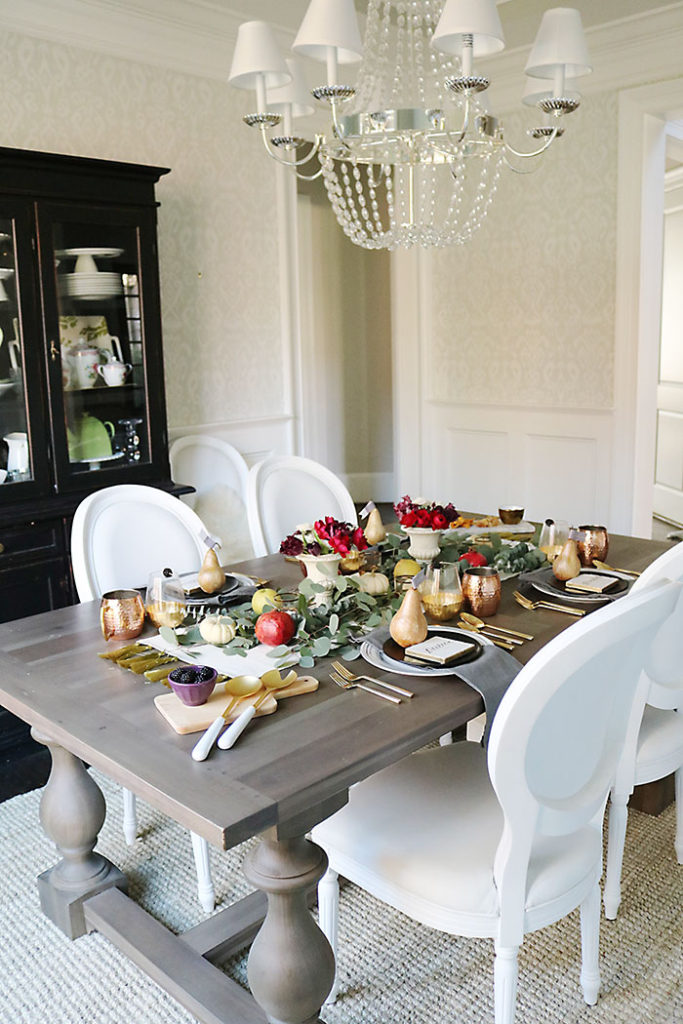 farm-to-table-fruit-centerpiece-thanksgiving-table