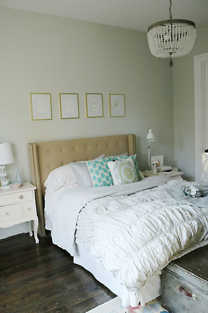 guest-bedroom-guests-for-holiday