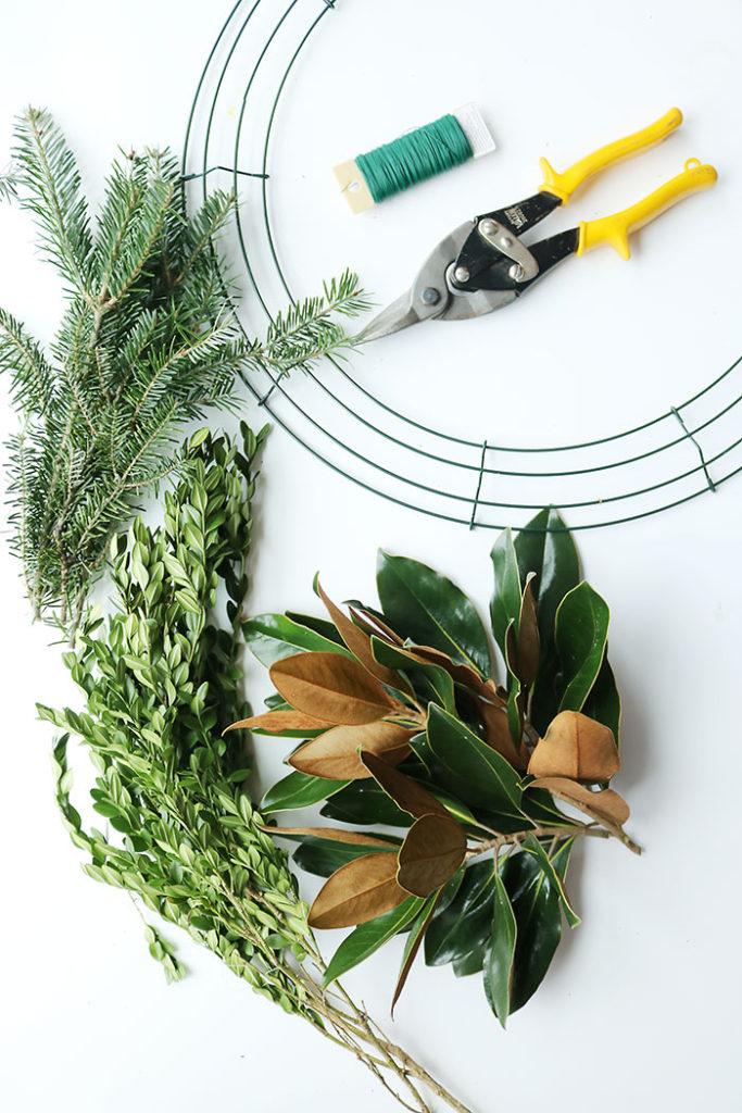 magnolia-wreath-supplies-with-boxwood