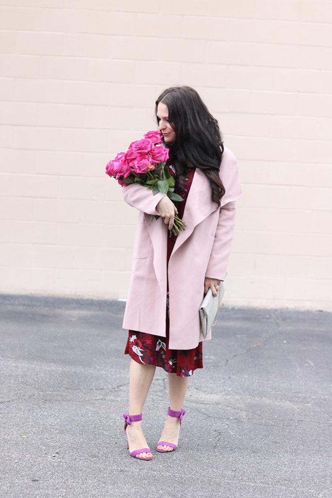 valentines day boho chic outfit, valentines outfit for women, floral dress for valentines day, copper theory dress, free people dress, pink roses, romantic feminine outfit for Valentines day date night, galentines outfit, shein wrap pink coat