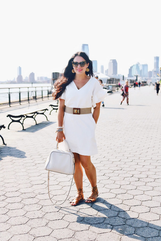 playing tourist in new york city, manhattan, new york city street style, street style, new york city outfits, NYC summer outfit, lower manhattan