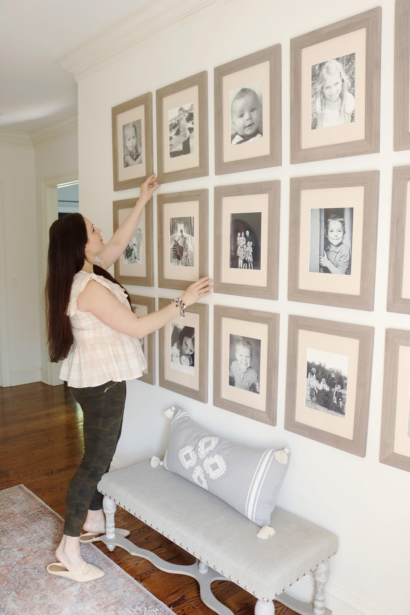 Follow this guide for an Easy method on how to hang a picture grid gallery the way professional do.    Darling Darleen Top Lifestyle Connecticut Blogger