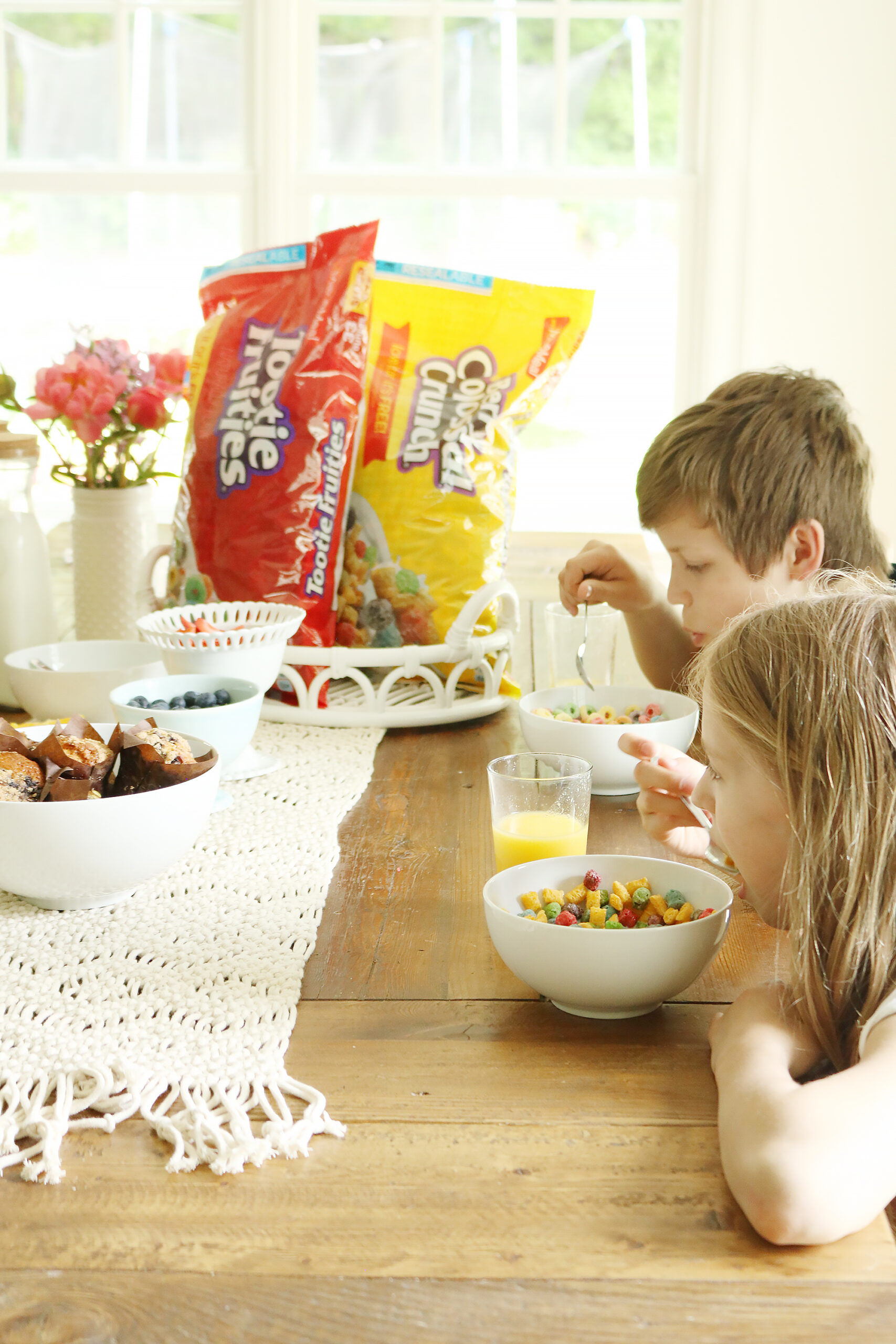 Five Ideas to Break-Up Quarantine Days like cereal for dinner with Malt-O-Meal cereals! || Darling Darleen Top Lifestyle CT Blogger #maltomeal #quarantineideas