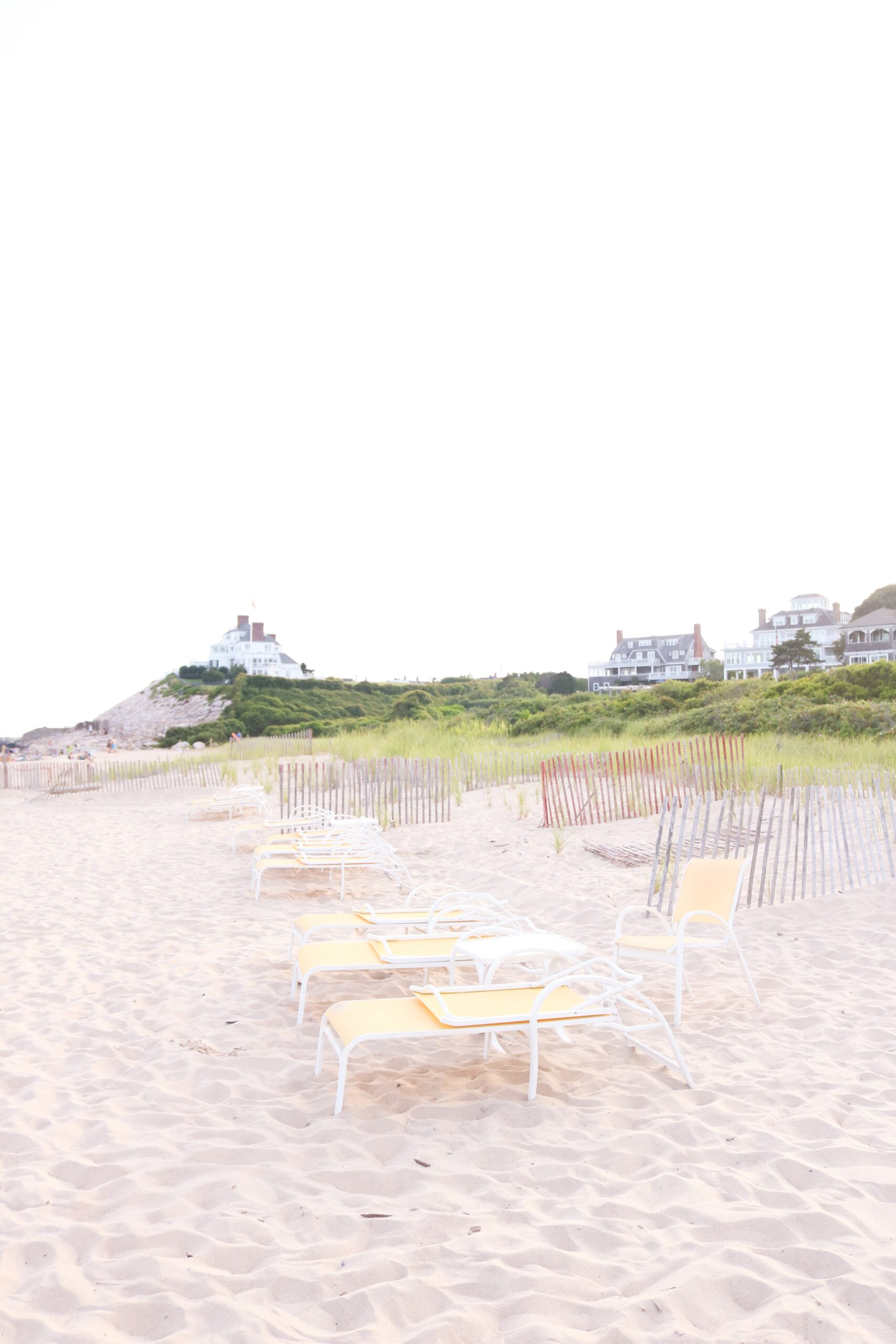 Summer in New England,  What to Wear to The Ocean House in Rhode Island, Summer beach activities in New England || Top CT Lifestyle Blogger Darling Darleen #theoceanhouseri