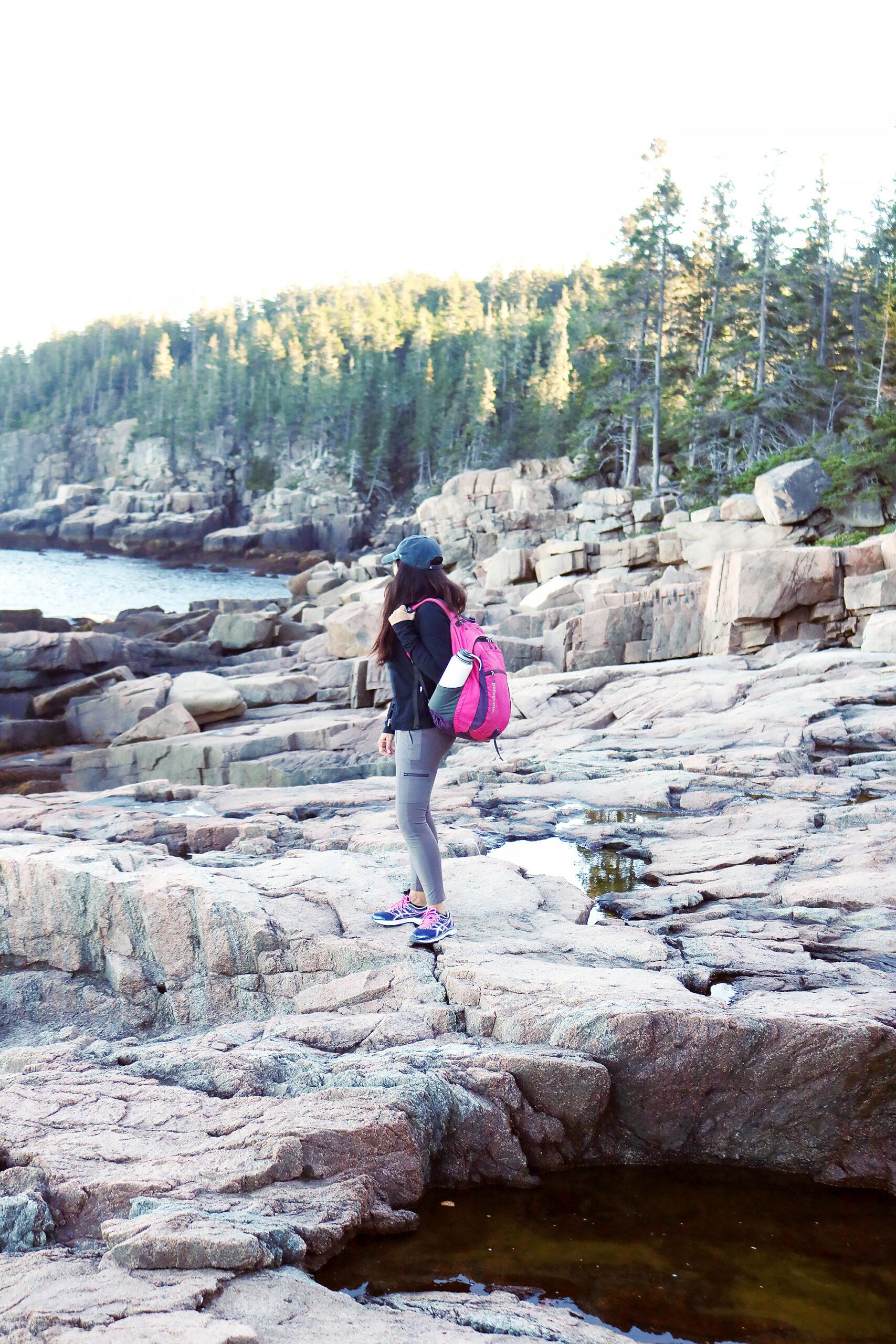 Hiking Acadia National Park what to wear and bring, hiking outfit. Ocean Path || DarlingDarleen.com Top Lifestyle CT Blogger Darling Darleen #acadia #acadianationalpark