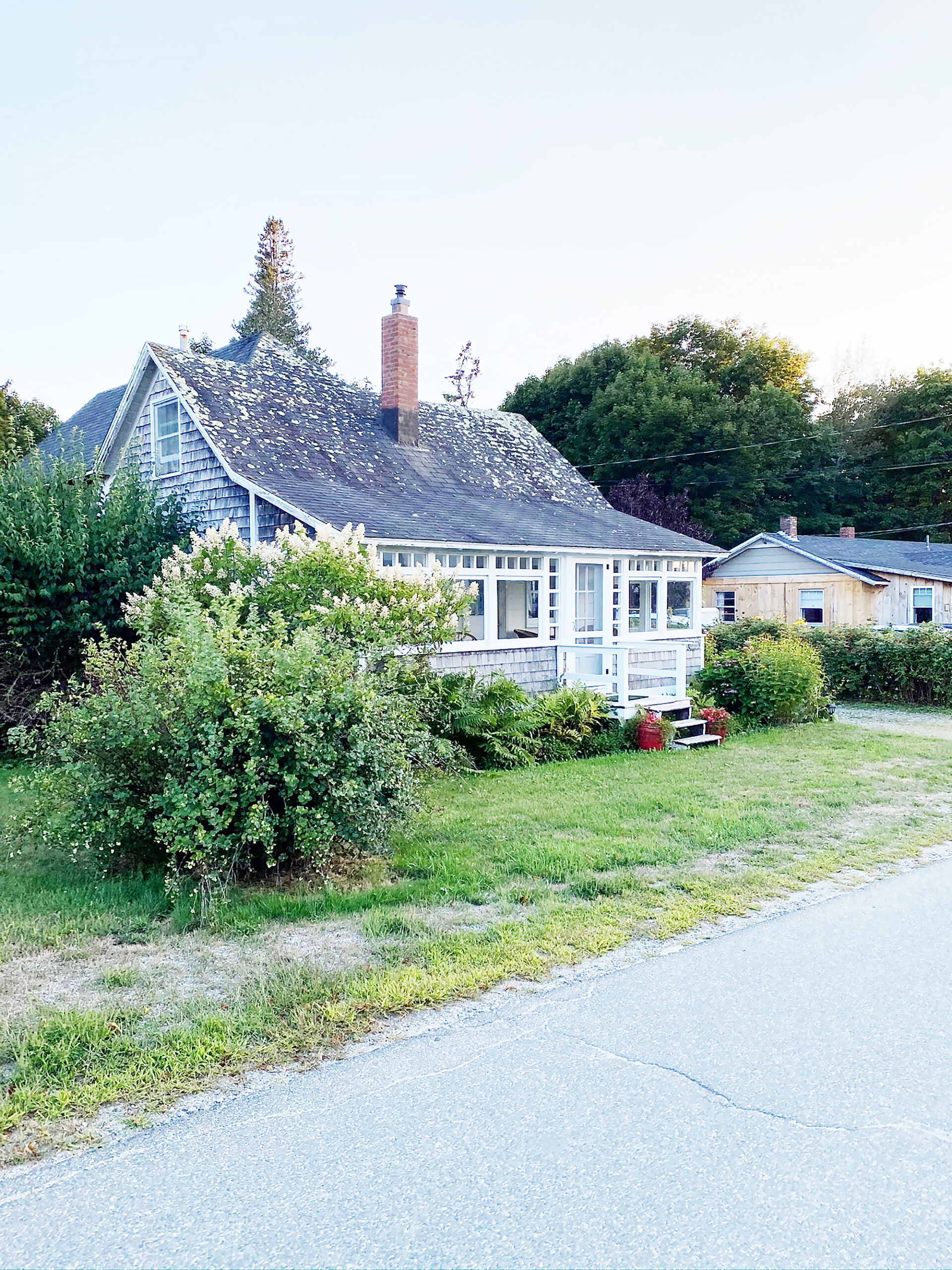 Charming Maine Cottages || DarlingDarleen.com Top Lifestyle CT Blogger Darling Darleen #acadia #acadianationalpark