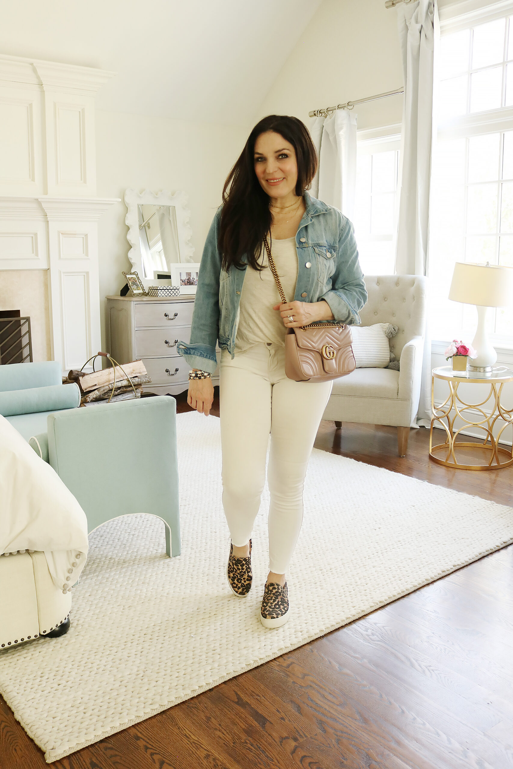 What to wear in Spring when it is Still Cold, transitioning winter to spring, outfit ideas, spring jackets and spring sweaters, casual spring outfits || Darling Darleen Top Lifestyle Blogger
